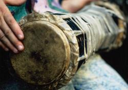 9/23(金)ムニェキートス・デ・マタンサス「サンテリア・バタ・ドラム」ワークショップ(山北健一プロデュース)@渋谷区総合センター 大練習室15:00-