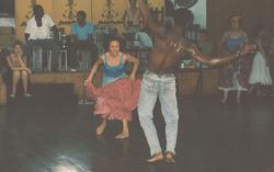 9/25(日)ムニェキートス・デ・マタンサス「Domigo de la Rumba(日曜のルンバ)」Guanguancoバクナオ&コルンビア大会 13:00-
